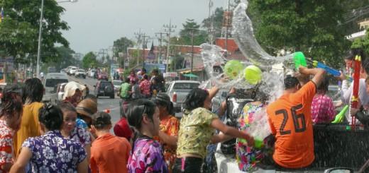 song-kran-festival-bangkok